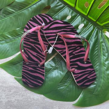 Chinelo Flocado Zebra Rosa (Tiras Rosa Escuro)
